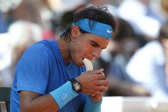 Các vận động viên hàng đầu thế giới thường xuyên ăn chuối để bổ sung năng lượng