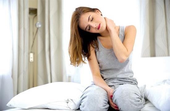 Tuổi 30 cùng thói quen sống thiếu lành mạnh là nguyên nhân gây rối loạn nội tiết tố