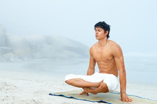 Kiên trì thực hiện các bài tập và luyện tập thể thao đều đặn để nâng cao sức khỏe sinh lý nam