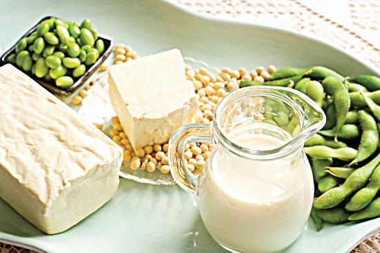 Nam giới không nên sử dụng quá nhiều các thực phẩm từ đậu nành