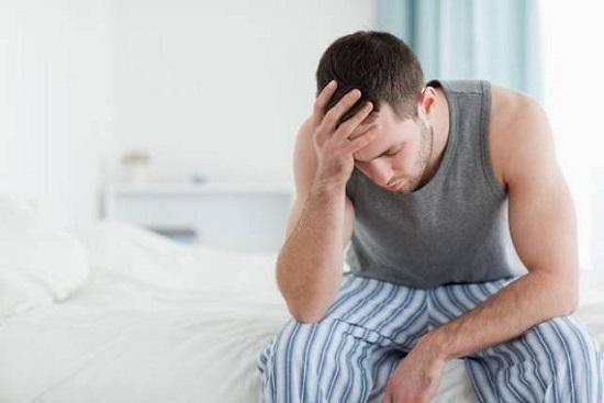 Mộng tinh khiến nam giới mệt mỏi suy nhược cơ thể
