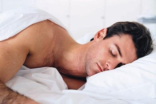 Nam giới ngủ đủ giấc giúp tăng Testosterone tự nhiên