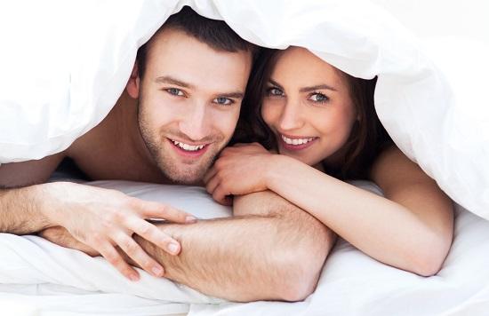 Sinh hoạt tình dục đều đặn giúp làm gia tăng hoocmon Testosterone