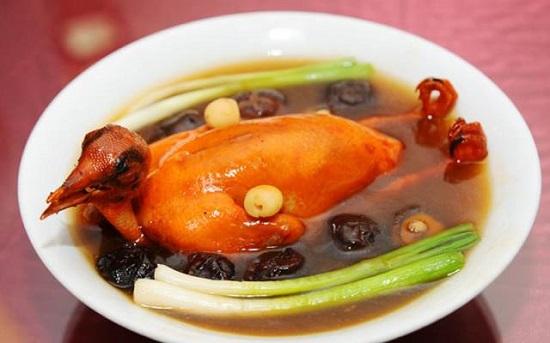 Thịt chim bồ câu giúp bổ sung kẽm rất tốt