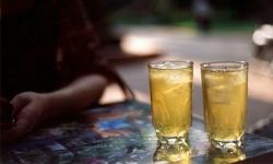 Uống 16 ly trà đá một ngày làm tăng nguy cơ bị suy thận